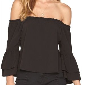 Amuse Society chapelle off shoulder top